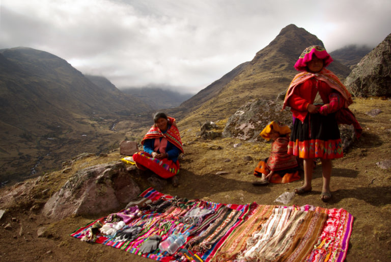 Peruvian Girls Selling Handicrafts