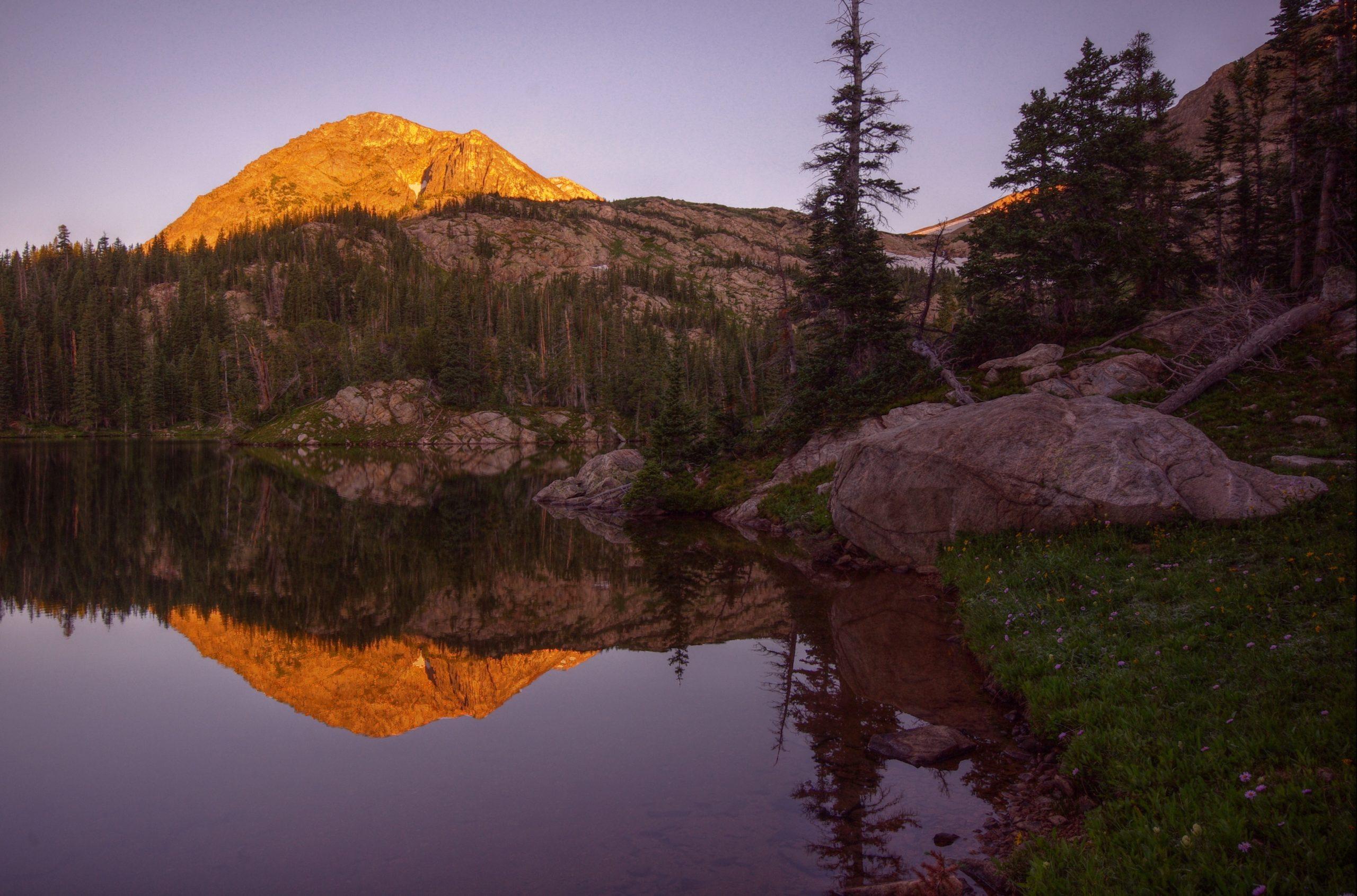 Morning at Jasper Lake
