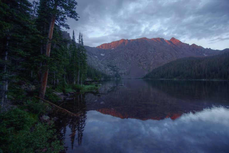 Alpenglow at Upper Cataract Lake
